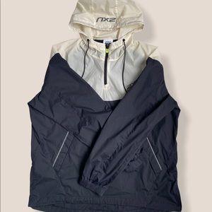 2XU rain jacket size large